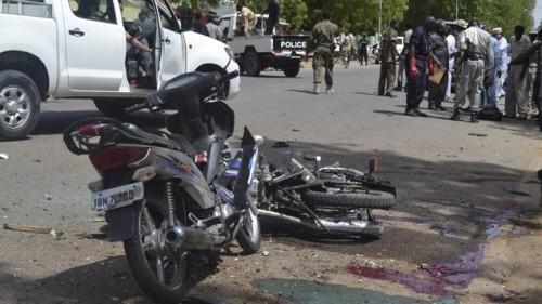 Un double attentat-suicide a fait au moins 27 morts, dont quatre terroristes lundi à N'Djamena, la capitale tchadienne © Reuters/Stringer