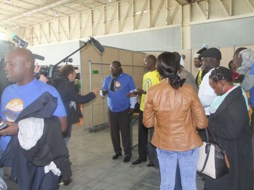 Des jeunes tchadiens interviewés par TF1, crédit photo: Salma KHALIL